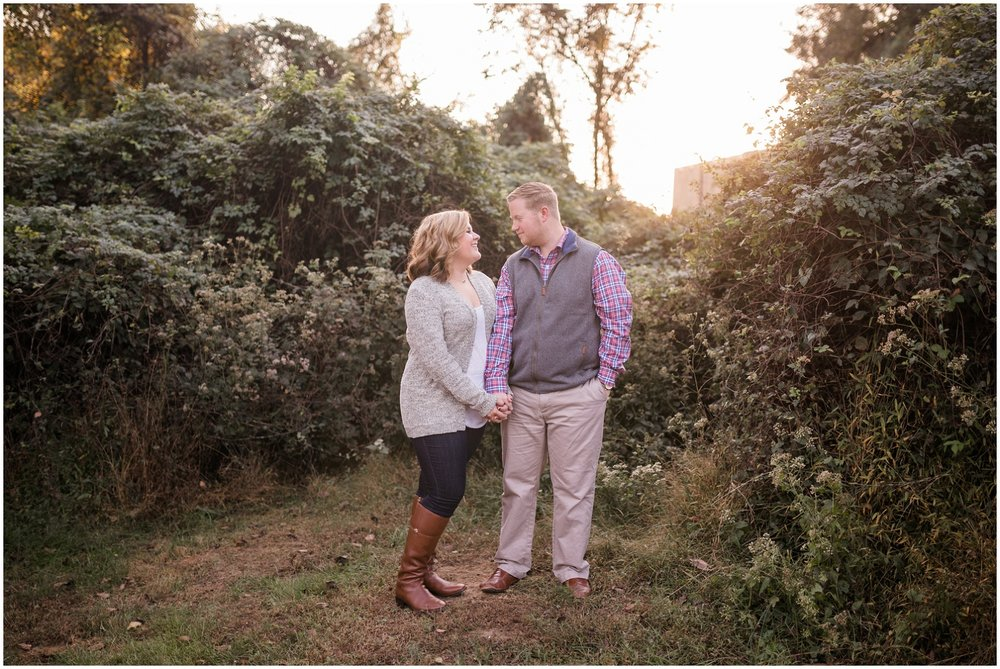barton-distillery-engagement-session-ky_0006.jpg