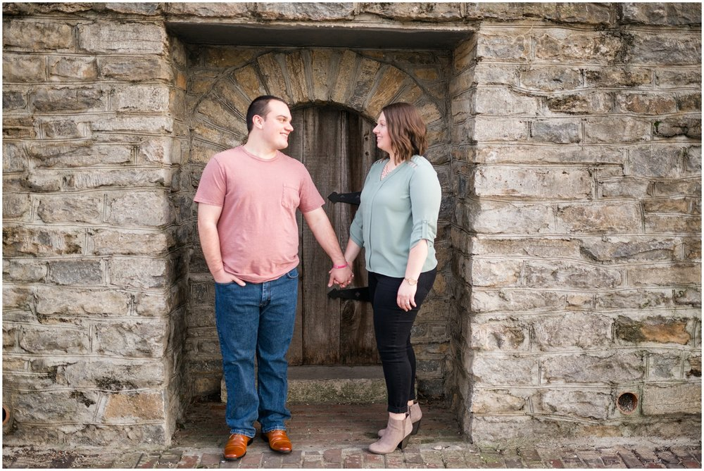 rachel-shaughn-newport-kentucky-engagement-session_0007.jpg