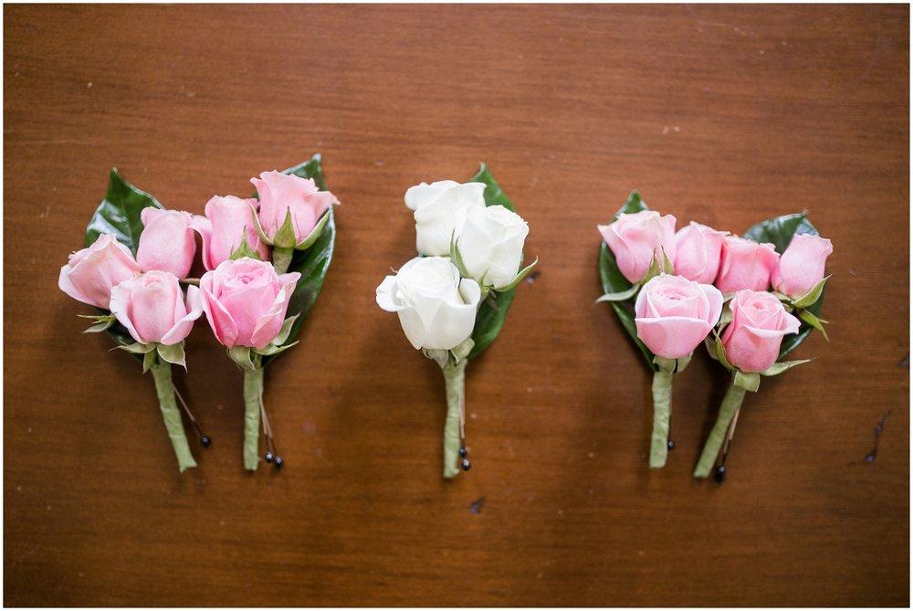 alyssa-jake-henry-clay-louisville-wedding_0008.jpg