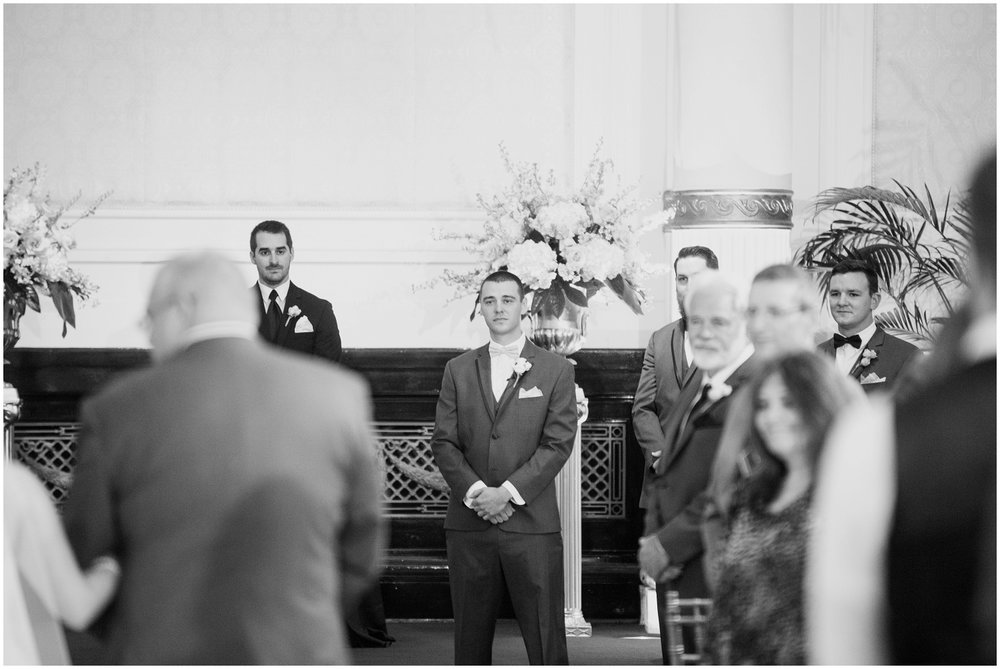 alyssa-jake-henry-clay-louisville-wedding_0026.jpg