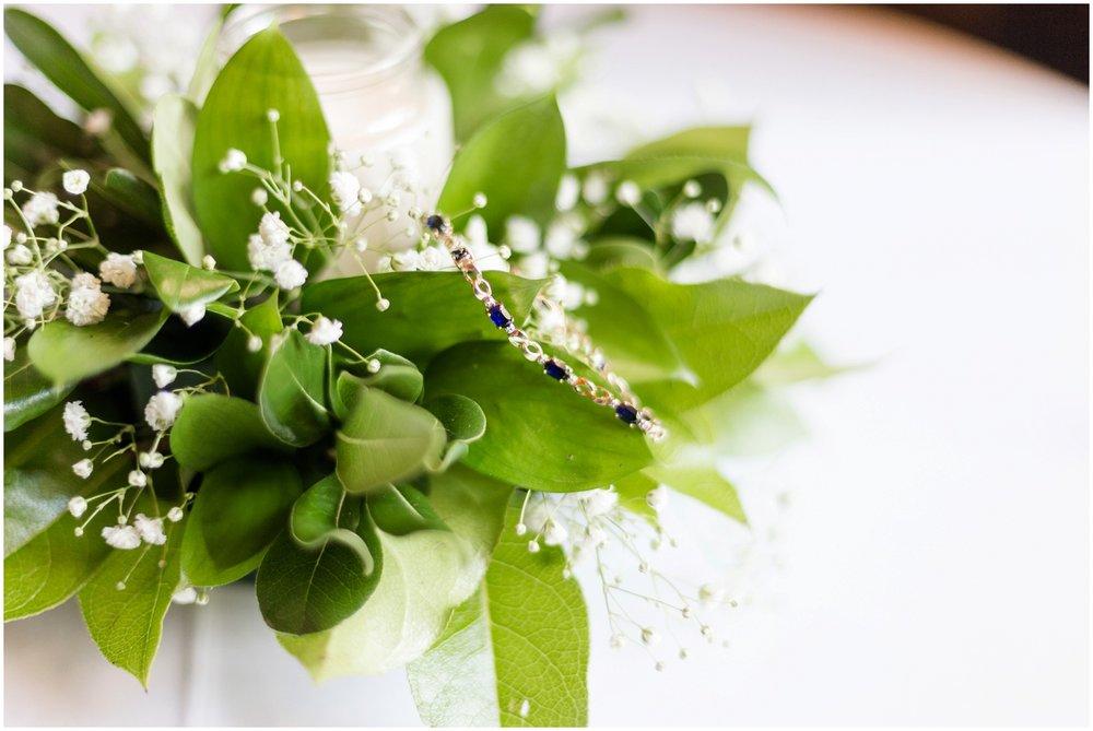 Megan-Adam-Gheens-Foundation-Lodge-Louisville-Wedding_0029.jpg