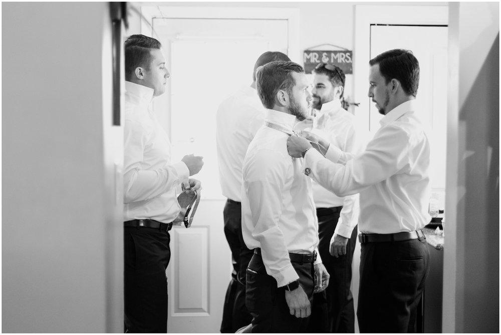 Megan-Adam-Gheens-Foundation-Lodge-Louisville-Wedding_0016.jpg