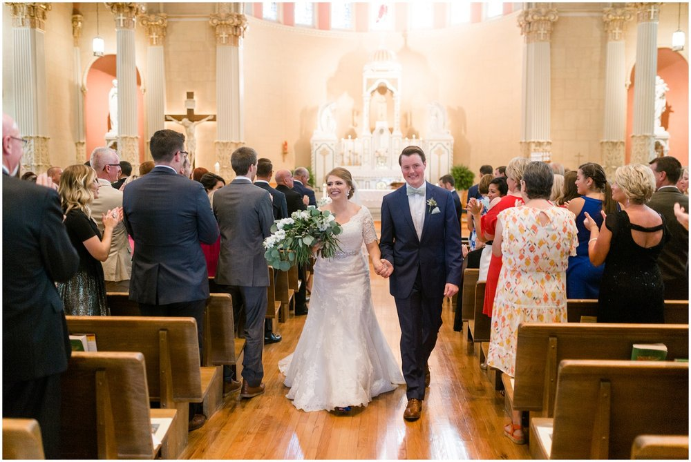 Megan-Adam-Gheens-Foundation-Lodge-Louisville-Wedding_0026.jpg
