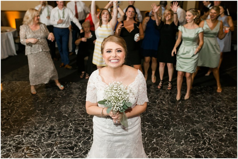 Megan-Adam-Gheens-Foundation-Lodge-Louisville-Wedding_0040.jpg