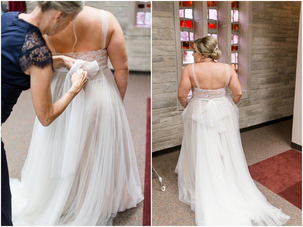 Andrea-Ben-Louvino-Louisville-Wedding_0007.jpg