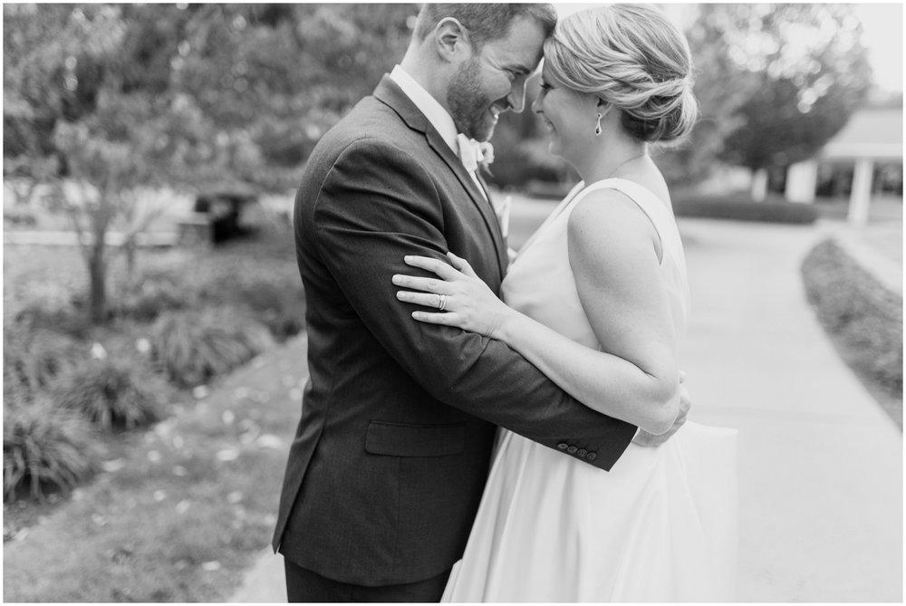 elizabeth-kris-lexington-country-club-wedding_0057.jpg