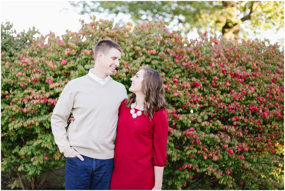 kayla-david-hurstbourne-country-club-engagement-session_0004.jpg