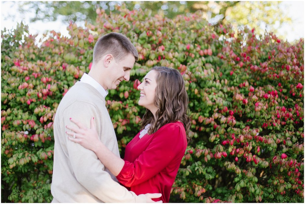 kayla-david-hurstbourne-country-club-engagement-session_0005.jpg