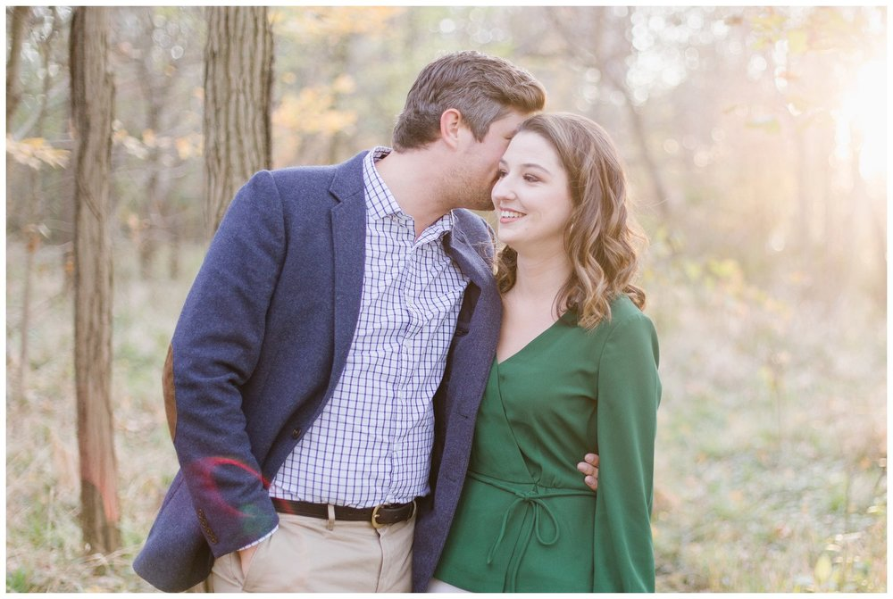 katie-rob-louisville-kentucky-engagement-session_0004.jpg