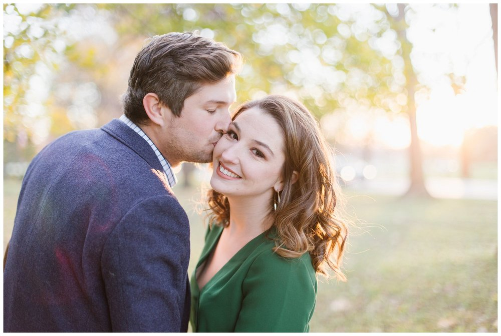 katie-rob-louisville-kentucky-engagement-session_0008.jpg