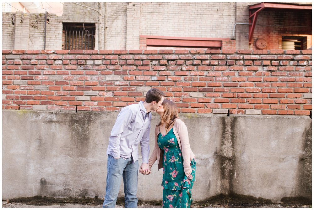 louisville-engagement-session_0065.jpg