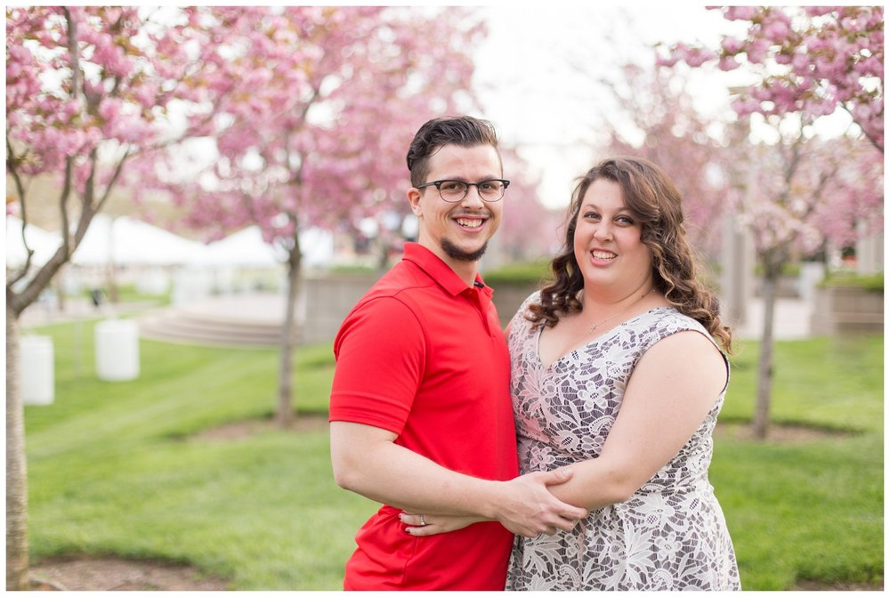 sawyer point park cincinnati engagement session_0007.jpg