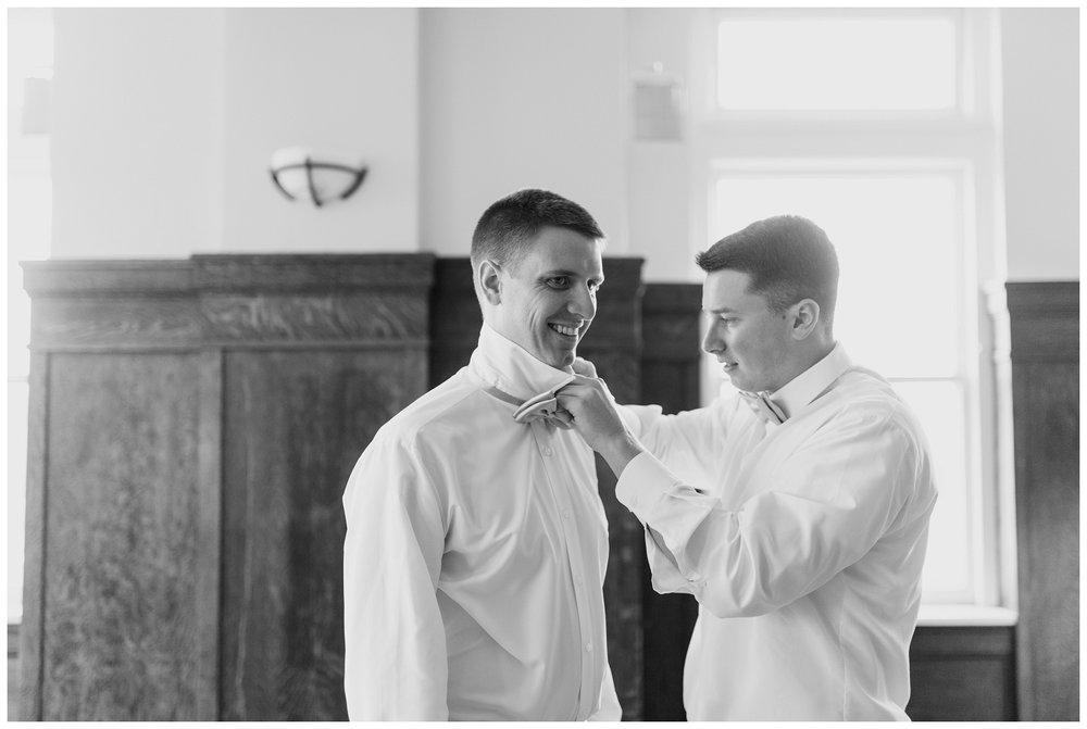 henry clay louisville wedding_0008.jpg