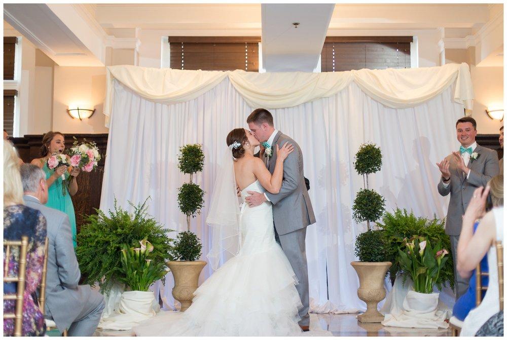 henry clay louisville wedding_0021.jpg