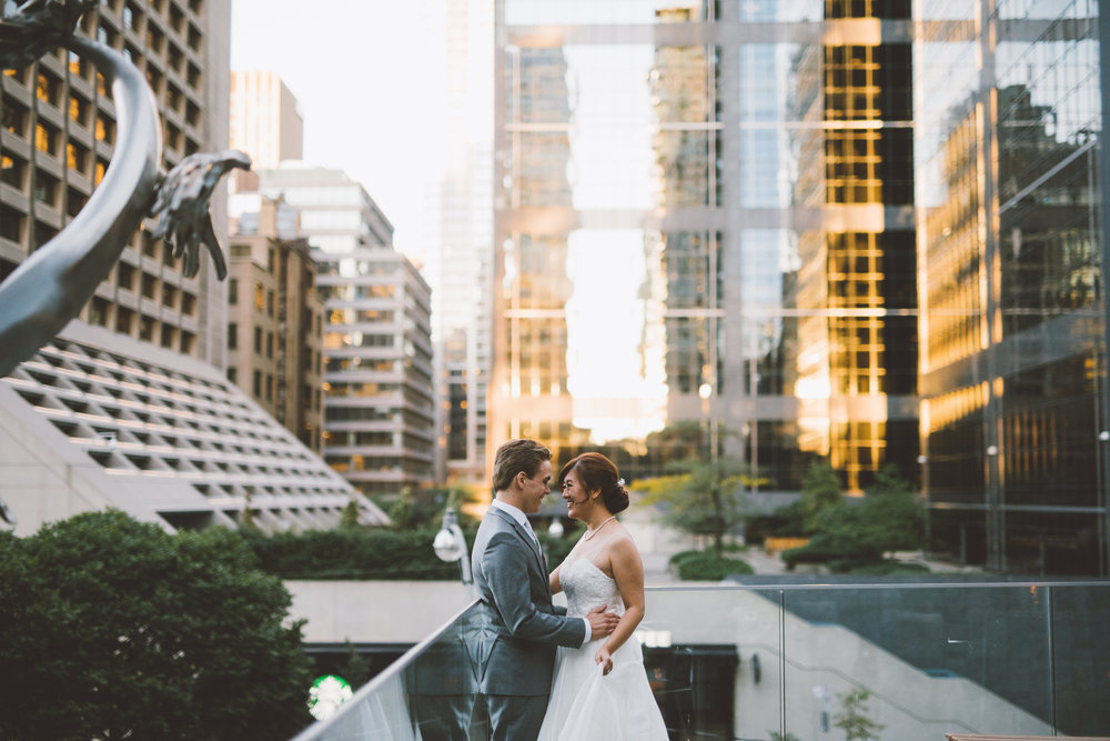Shangri La Toronto Wedding, photographer Nikki Mills