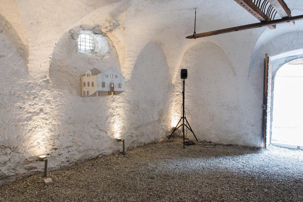 Dunkler Raum / Echo Chamber, Installationsansicht