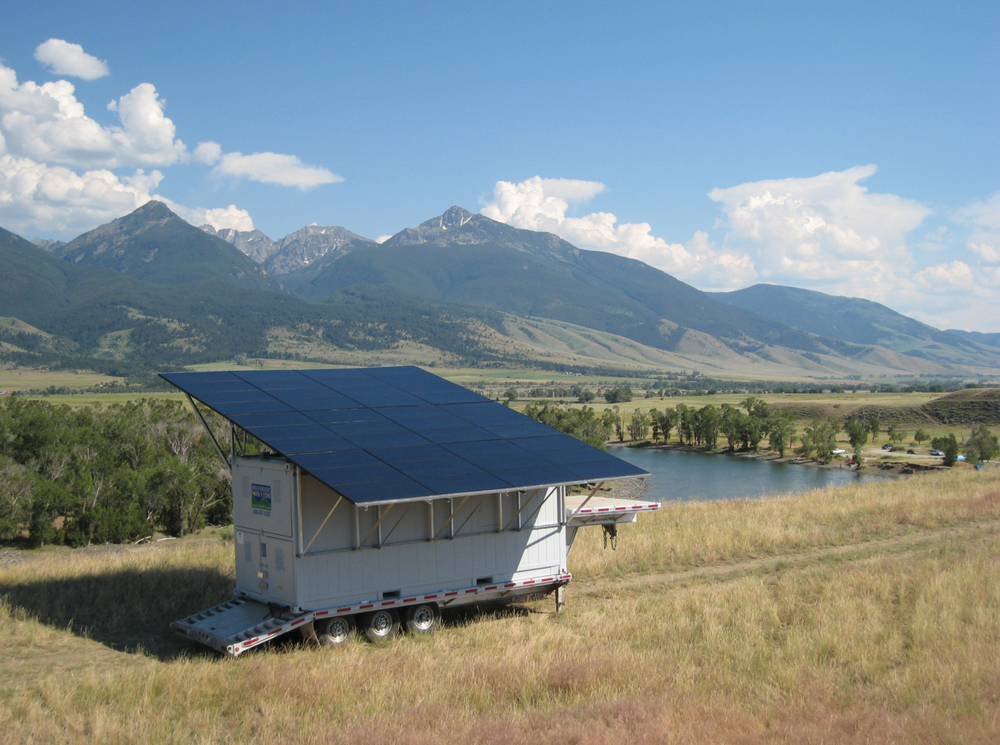 mobilesolarpanels.jpg