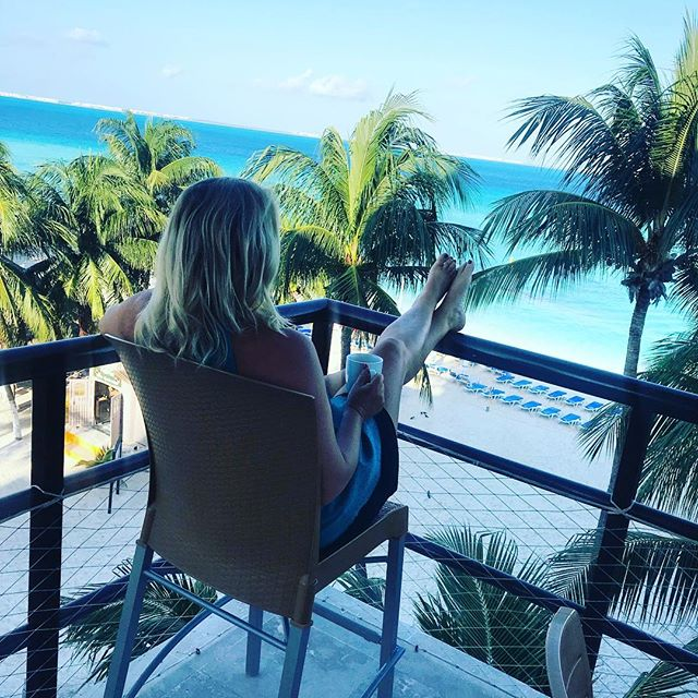 Soaking in this view, the sea, the palm trees 🌴, the gentle breeze before we head to the ferry ⛴ to come home. #igtravel #anniversarytrip #timeaway #seatherapy #mexicovacation #travelbug #bestbeach #couplegoals