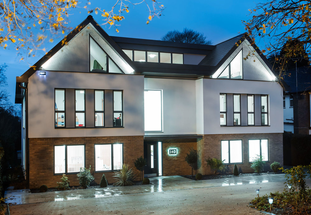 Little Winter House, Orpington. An innovative, elegant 21st Century family home .