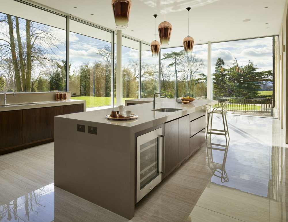 kitchen-island-looking-to-landscape.jpg