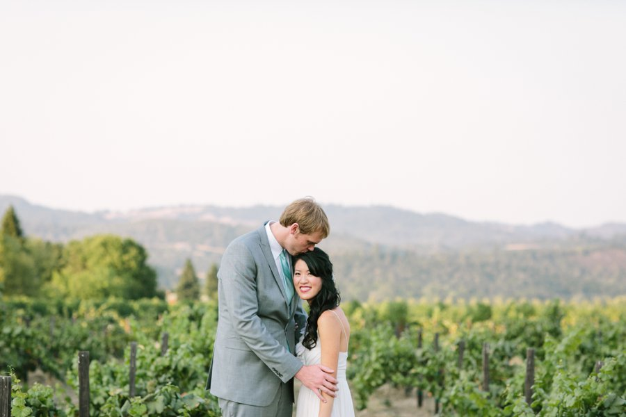 25_V'Sattui_Vineyards_St._Helena_California_Wedding_Photographer.JPG