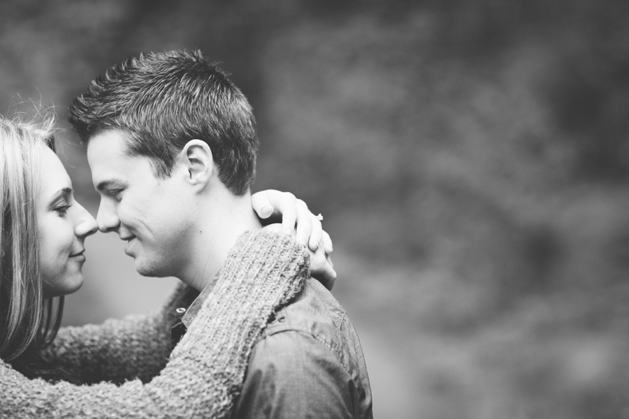 08_Downtown_Portland_Oregon_Engagement_Photo.JPG