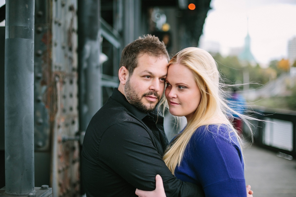Portland_Oregon_Engagement_Session_Photo_04.JPG