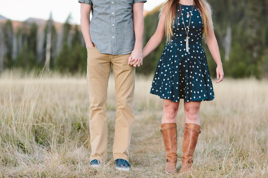 04_Sparks_Lake_Bend_Oregon_Engagement_Photographer.JPG