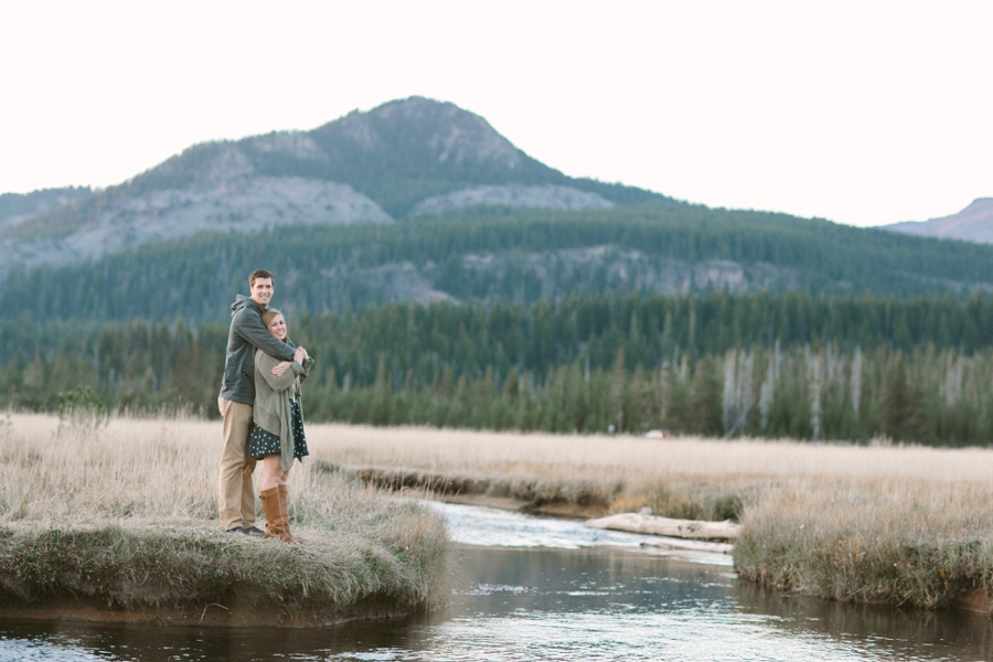 08_Sparks_Lake_Bend_Oregon_Engagement_Photographer.JPG