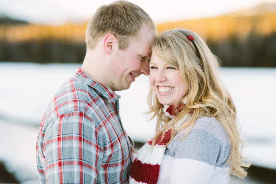 03_Sparks_Lake_Bend_Oregon_Engagement_Photo.JPG