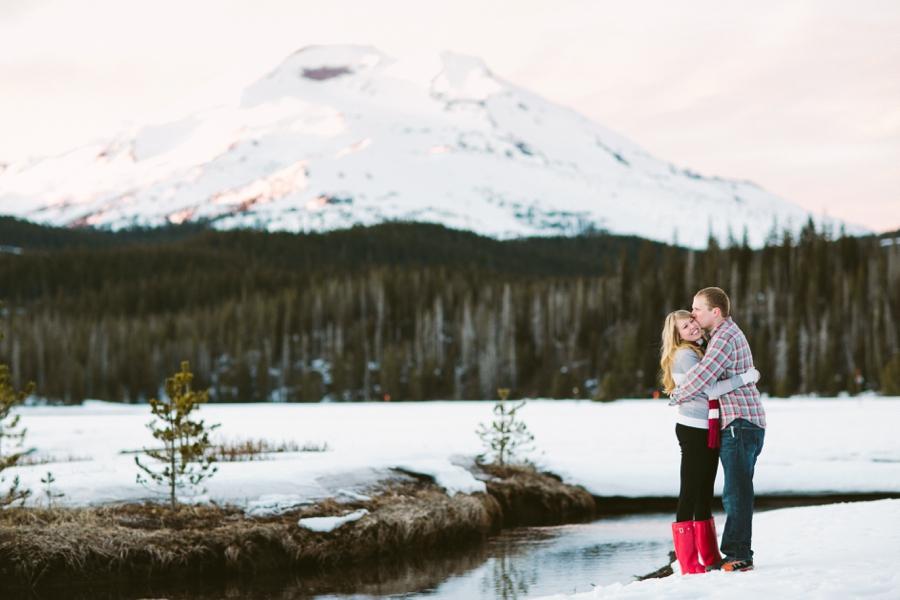 10_Sparks_Lake_Bend_Oregon_Engagement_Photo.JPG