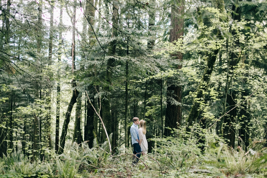 07_Forest_Park_Portland_Oregon_Engagement_Photo.JPG