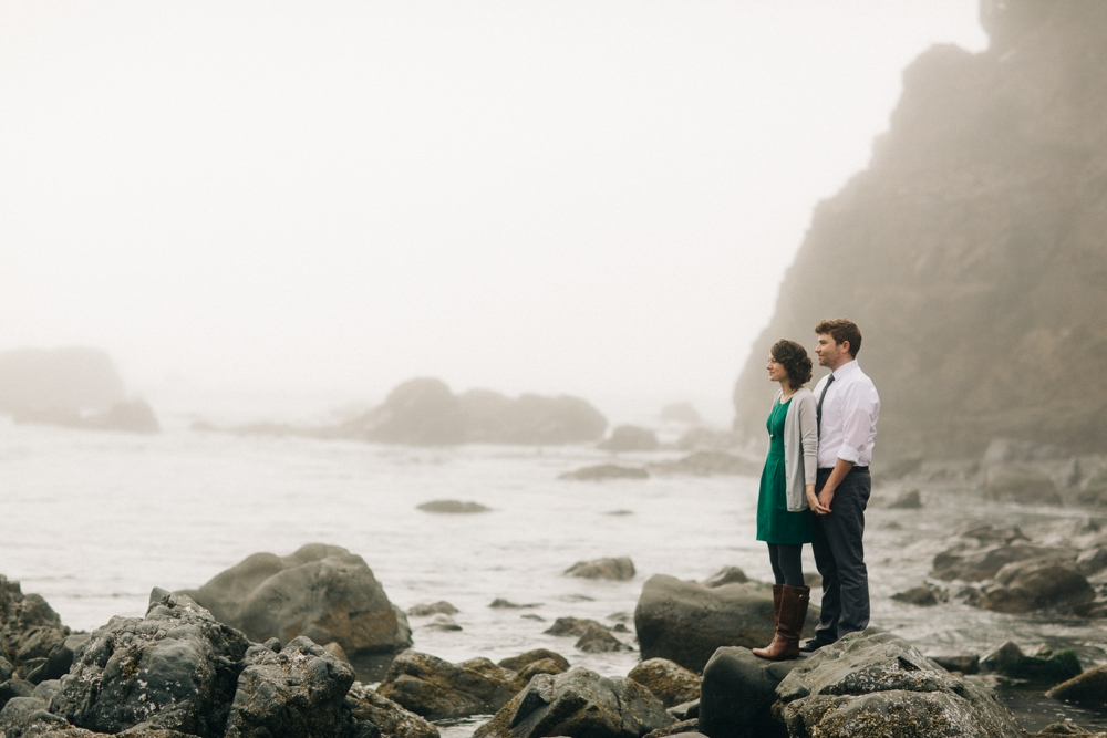 01_Brookings_Oregon_Engagement_Session_Photo.JPG