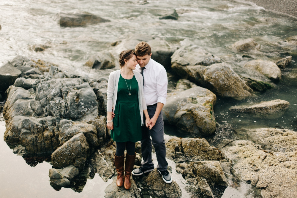 05_Brookings_Oregon_Engagement_Session_Photo.JPG
