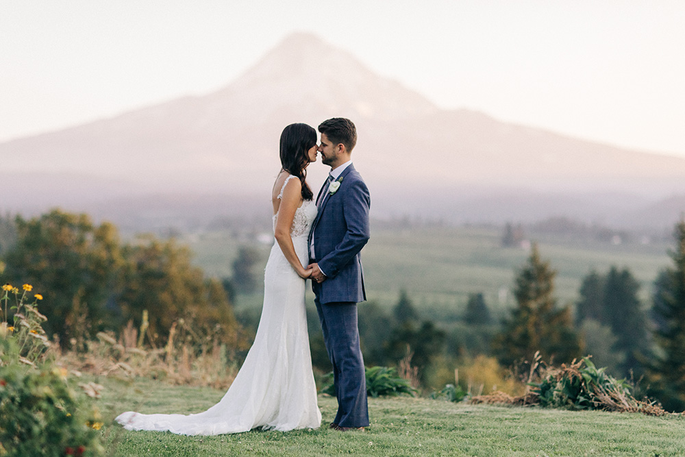 Mt_Hood_Organic_Farms_Hood_River_Oregon_Wedding_Photo_01.JPG