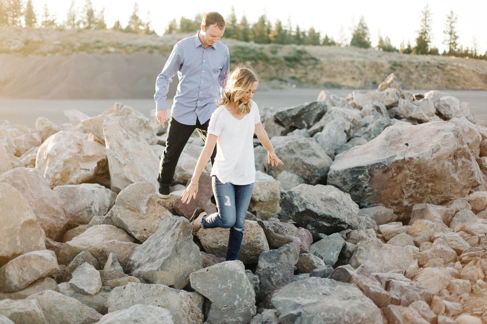 Bend-Oregon-Engagement-Session-Photo-07.JPG