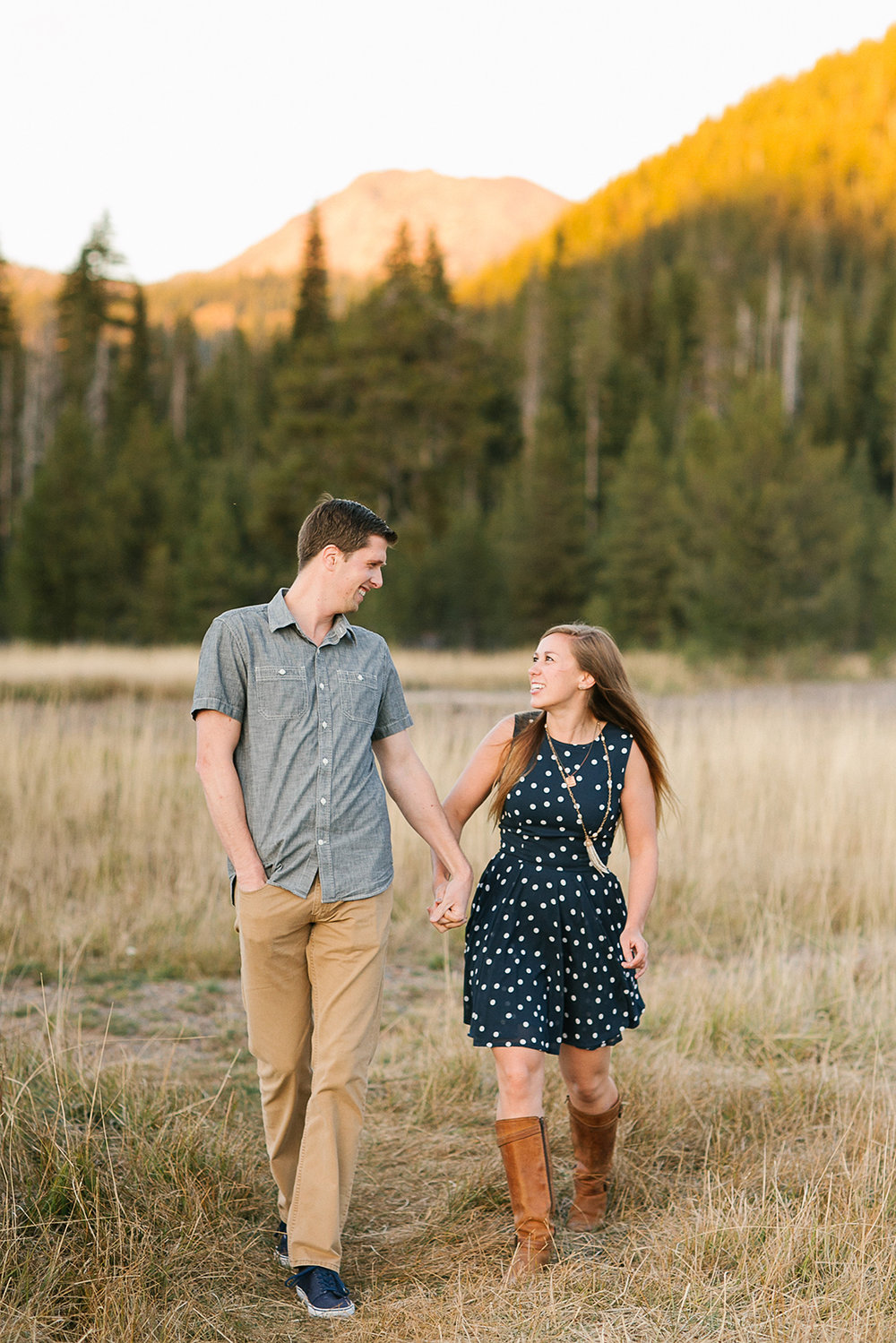 sparks_lake_bend_oregon_engagement_photo-01.JPG
