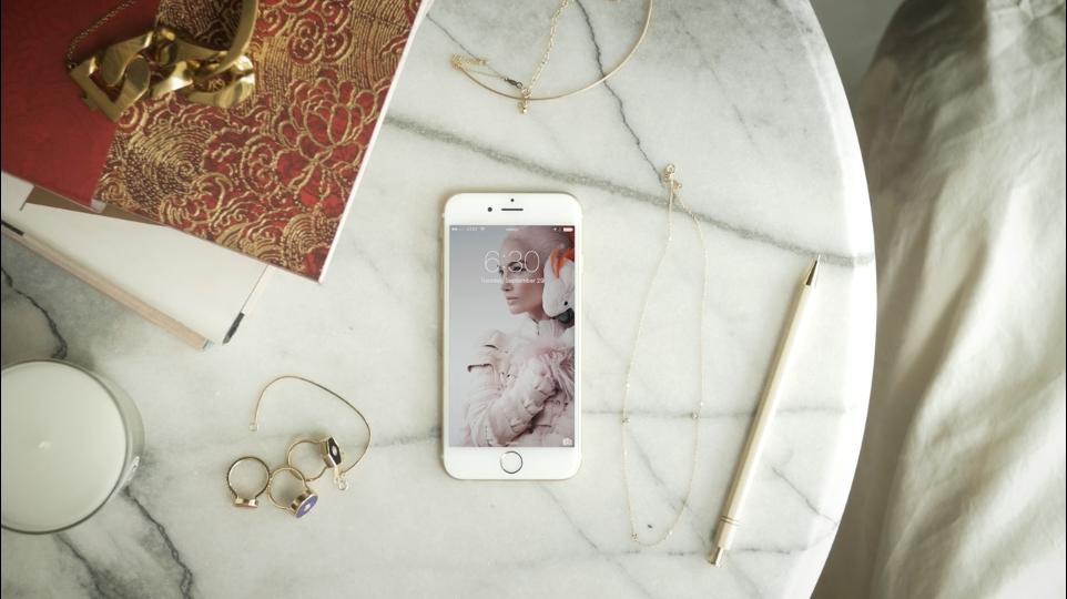 Vogue Runway App Video_4.png
