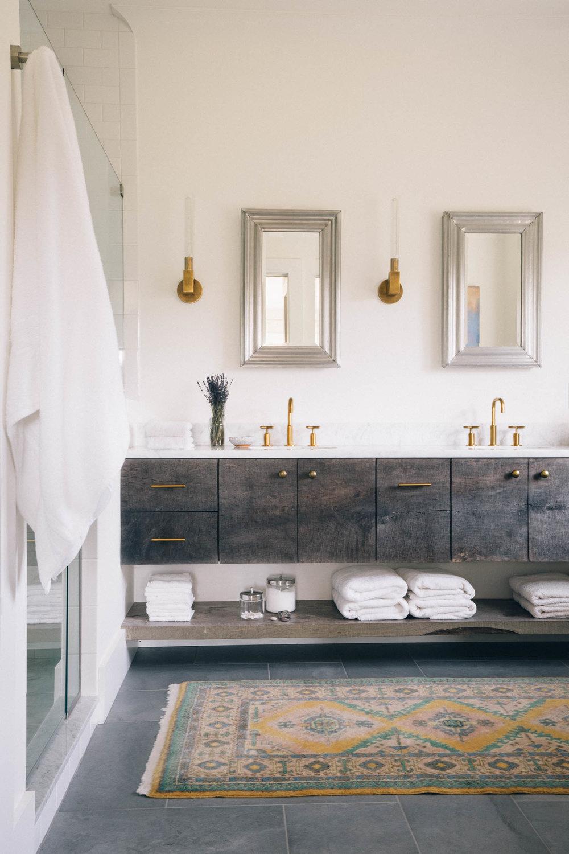 Bathroom Wide-3.jpg