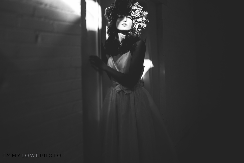EmmyLowePhotoToreySimplyBridal-104.jpg