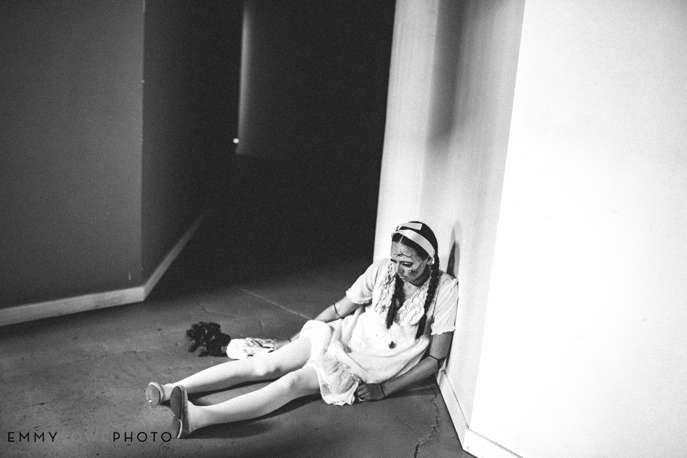 EmmyLowePhotoHalloweenDollsSaltLakeCityUtahFashionPhotographer