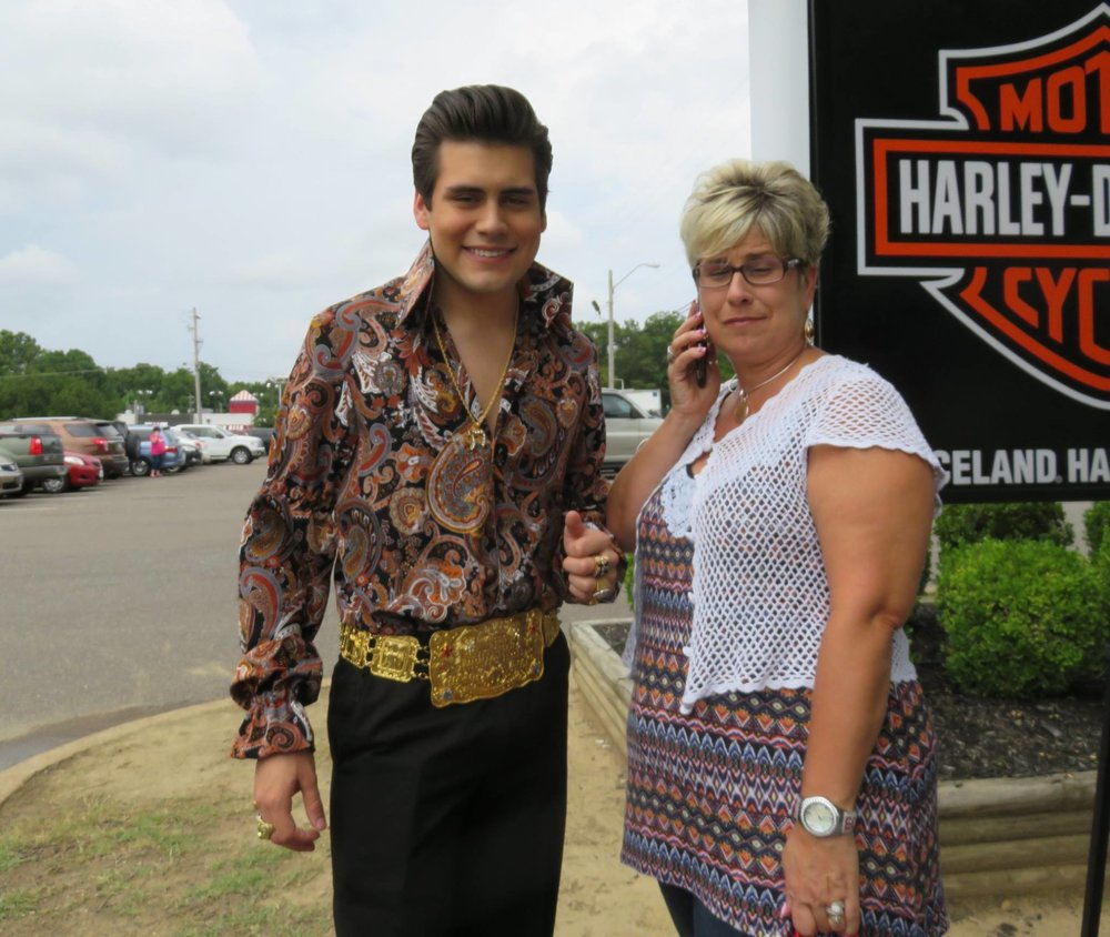 Taylor and his mom Donna