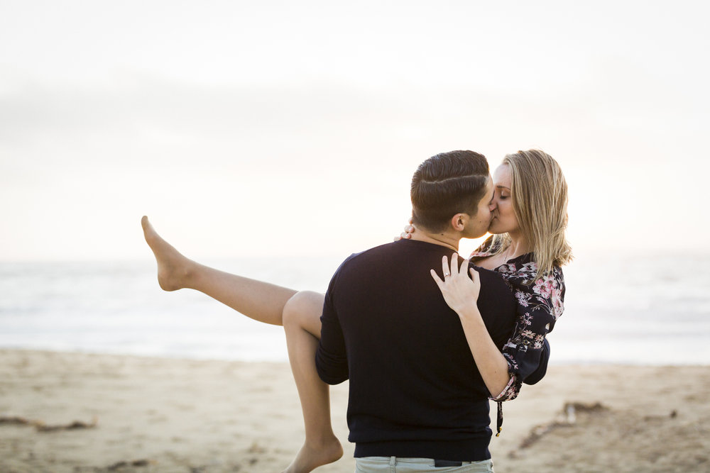 montara-state-beach-engagement-carrying-fiance-1.jpg