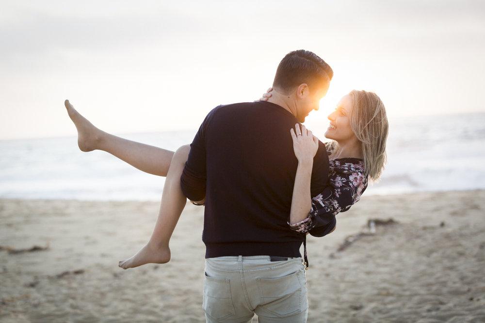 montara-state-beach-engagement-carrying-fiance-2.jpg