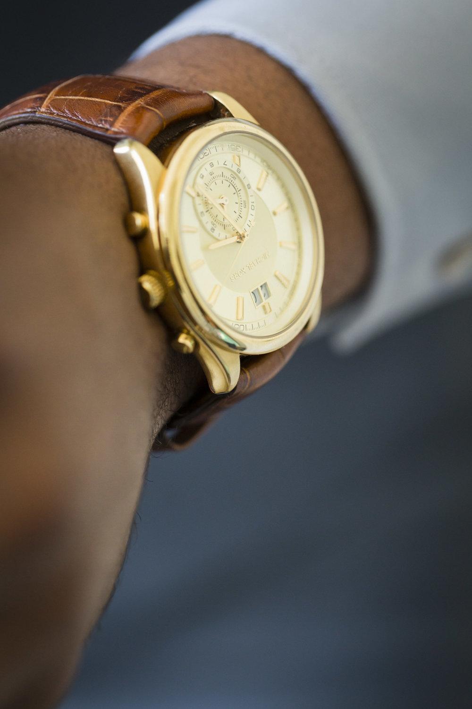 groom-michael-kors-gold-watch-1.jpg