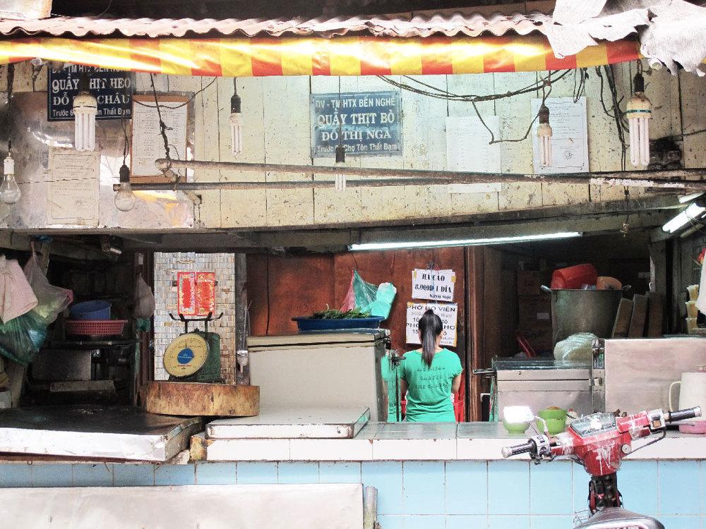 Messy market in Ho Chi Minh City #vietnam / sergivich.com