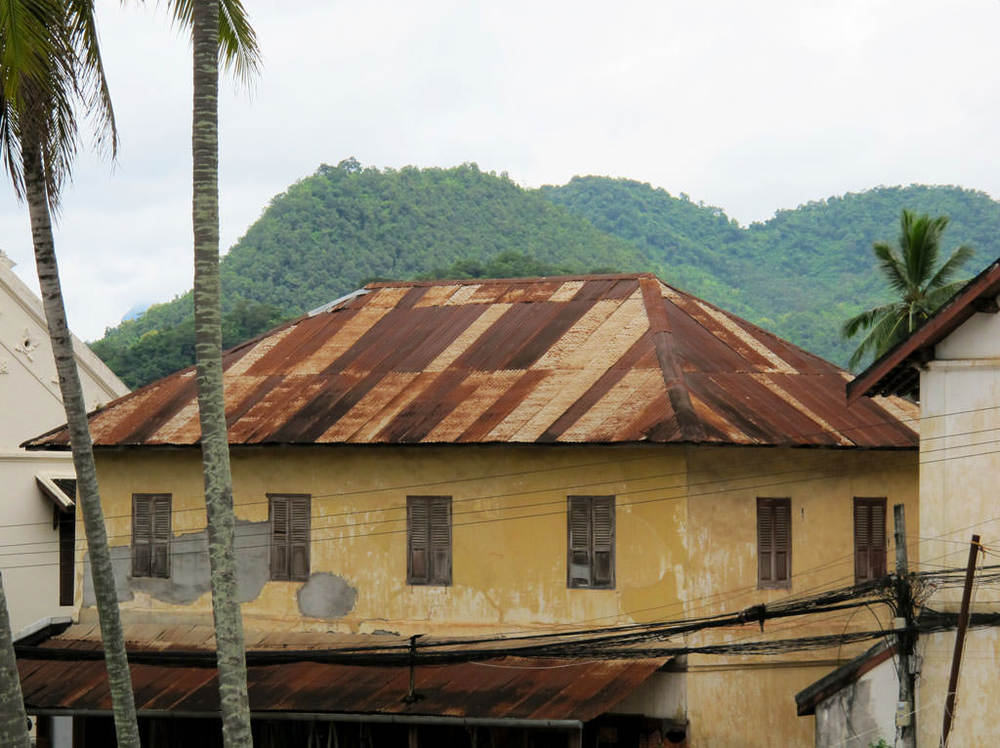 Rusty metal roof colors. Metallic textures #laos / sergivich.com