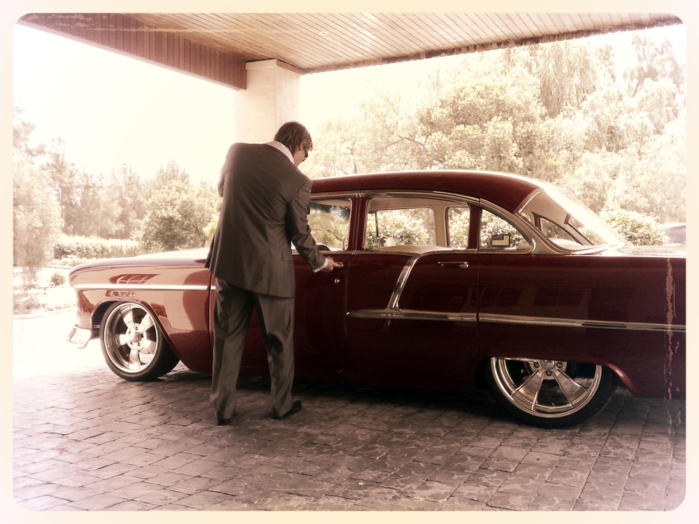 Diamond Hearts Limousines 55' Chevy
