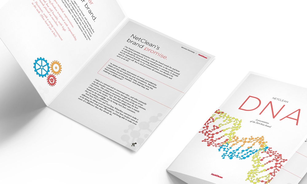 NetClean-VM-Brandbook-mockup-14-15.jpg