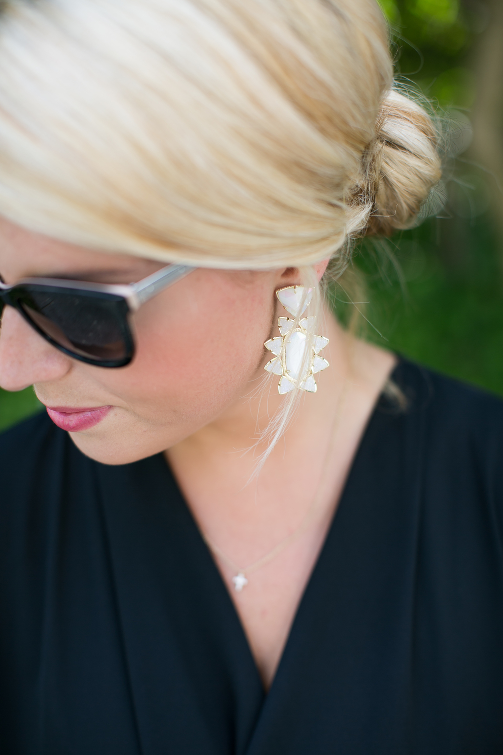 kendra scott statement earring